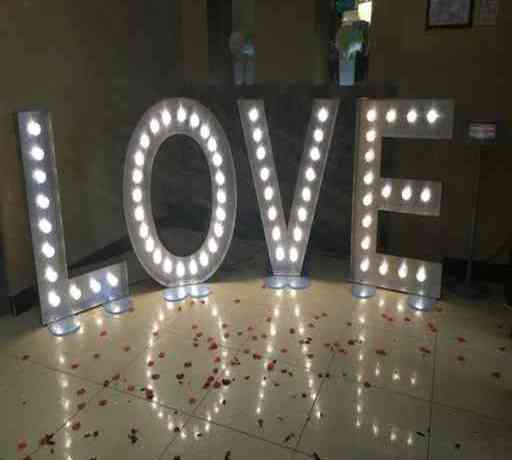 LOVE Signs Wedding