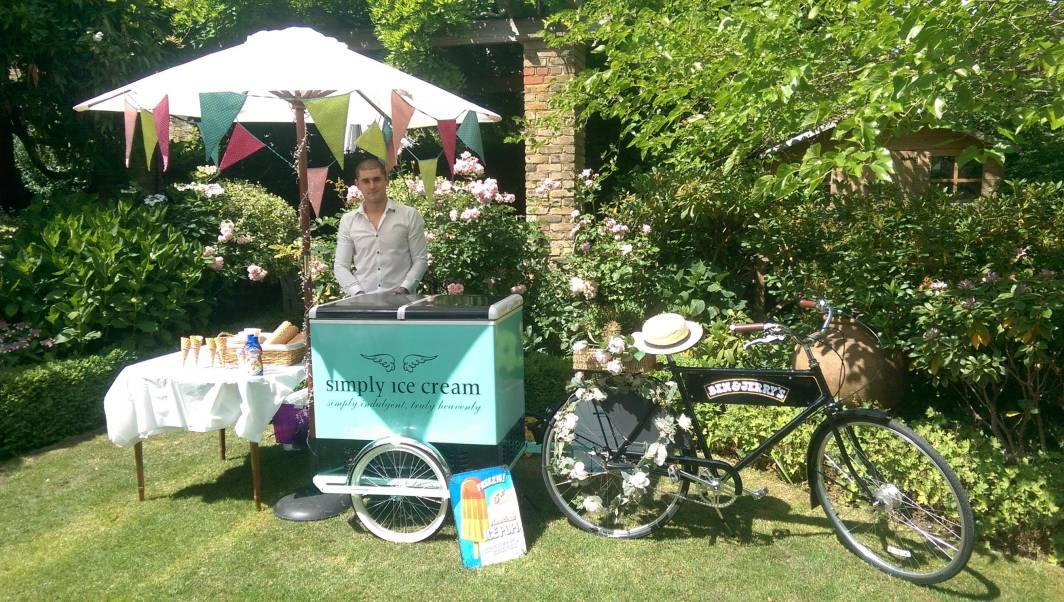 Outdoor Garden Party Ice Cream Cart
