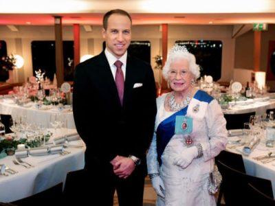 Prince-William-&-Queen-lookalike-1